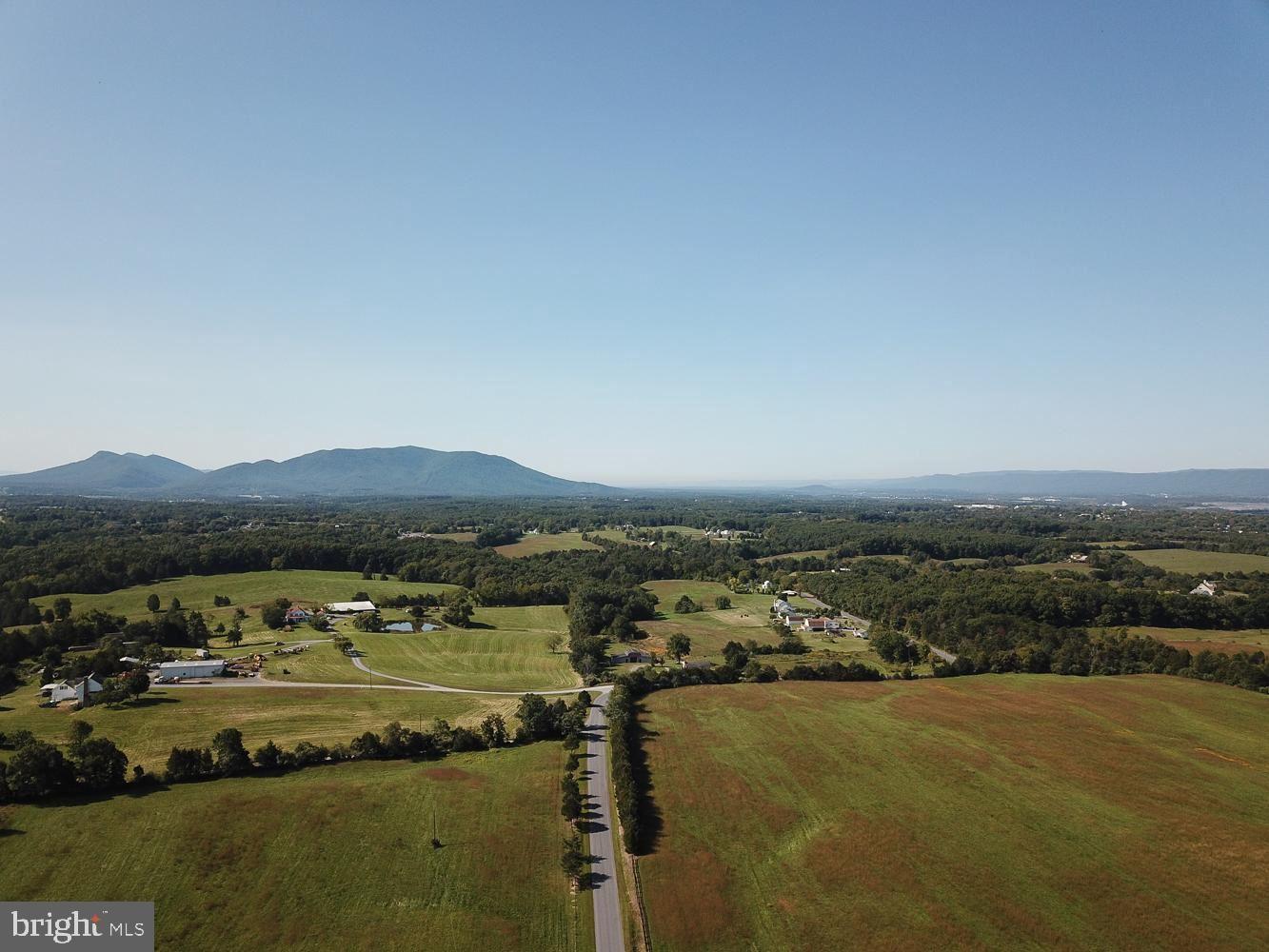 Photo of HUTTLE, MIDDLETOWN, VA 22645 (MLS # VAFV161860)