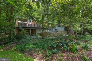 Photo of 8208 HAMILTON SPRING CT, BETHESDA, MD 20817 (MLS # MDMC559862)