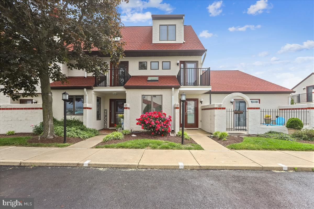 Photo of 24-H QUEEN ELIZABETH CT, CHESTER, MD 21619 (MLS # MDQA143864)