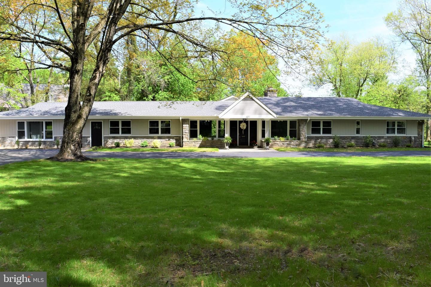 Photo for 601 COOPERTOWN RD, HAVERFORD, PA 19041 (MLS # PADE542864)