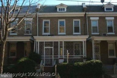 Photo of 914 LONGFELLOW ST NW, WASHINGTON, DC 20011 (MLS # DCDC445866)