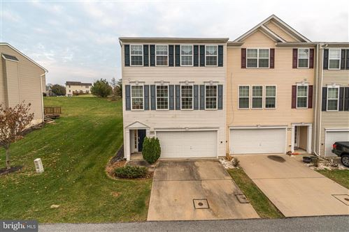 Photo of 2309 GOLDEN EAGLE DR, YORK, PA 17408 (MLS # PAYK128866)