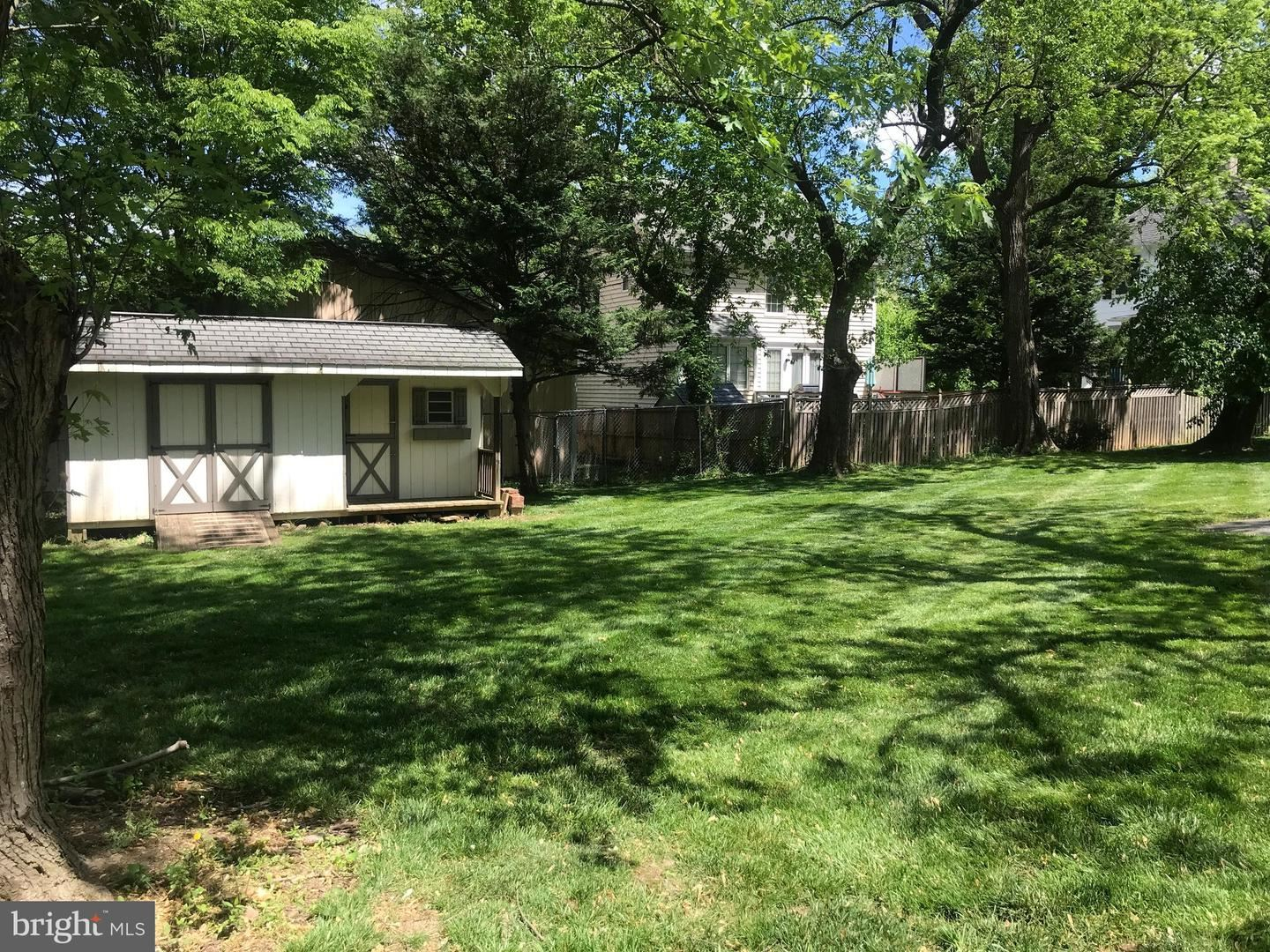 Photo of 10 LAIRD ST, ROCKVILLE, MD 20850 (MLS # MDMC756866)