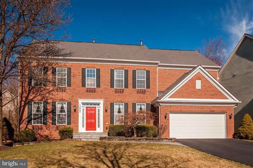 Photo of 17804 CRICKET HILL DR, GERMANTOWN, MD 20874 (MLS # MDMC698870)