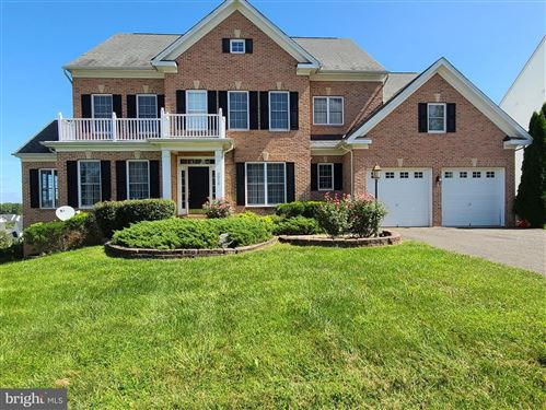 Photo of 3316 DONDIS CREEK DR TRIA-3316 DONDIS CREEK DR, TRIANGLE, VA 22172 (MLS # VAPW505870)