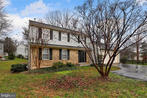 Photo of 15720 BUENA VISTA DR, ROCKVILLE, MD 20855 (MLS # MDMC736874)