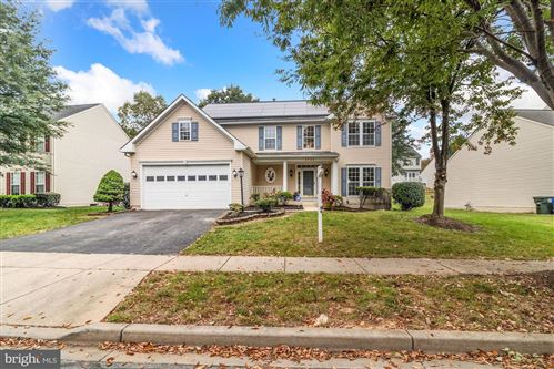 Photo of 1734 DEARBOUGHT DR, FREDERICK, MD 21701 (MLS # MDFR270876)