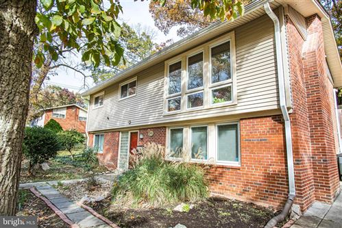 Photo of 6340 BREN MAR DR, ALEXANDRIA, VA 22312 (MLS # VAFX1098876)