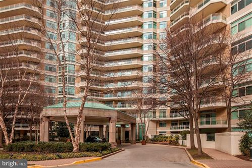 Photo of 5610 WISCONSIN AVE #1403, CHEVY CHASE, MD 20815 (MLS # MDMC746878)