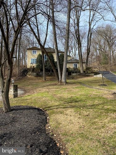 Photo of 5 LAKEVIEW PL, NEWTOWN SQUARE, PA 19073 (MLS # PADE508880)