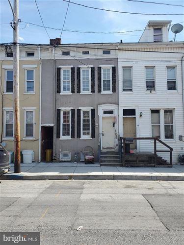 Photo of 428 E WALNUT ST, YORK, PA 17403 (MLS # PAYK156880)