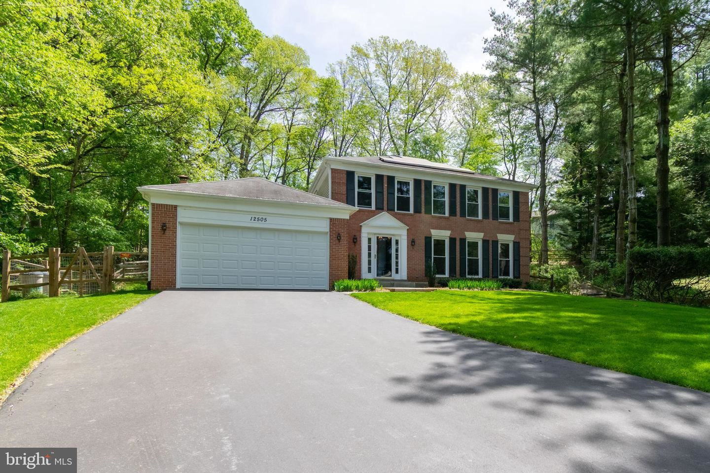 Photo of 12505 GRAVENHURST LN, NORTH POTOMAC, MD 20878 (MLS # MDMC756880)