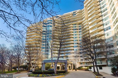 Photo of 5610 WISCONSIN AVE #1409, CHEVY CHASE, MD 20815 (MLS # MDMC737882)