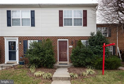 Photo of 554 COTSWOLD CT, FREDERICK, MD 21703 (MLS # MDFR257884)