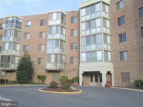 Photo of 2900 N LEISURE WORLD BLVD #515, SILVER SPRING, MD 20906 (MLS # MDMC695884)