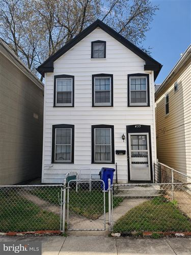 Photo of 435 W CHURCH ST, HAGERSTOWN, MD 21740 (MLS # MDWA178886)