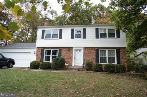 Photo of 1522 SADLERS WELLS DR, HERNDON, VA 20170 (MLS # VAFX1090886)