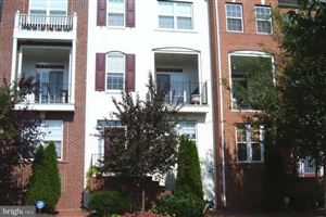 Photo of 309 GARDEN VIEW SQ, ROCKVILLE, MD 20850 (MLS # MDMC664888)