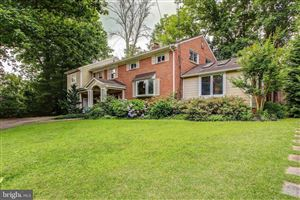 Photo of 6404 WHITTIER CT, BETHESDA, MD 20817 (MLS # MDMC665892)