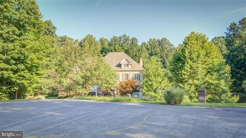 Photo of 13321 BALMORAL HEIGHTS PL, CLIFTON, VA 20124 (MLS # VAFX1078892)