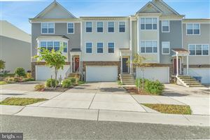 Photo of 425 ENGLISH OAK LN, PRINCE FREDERICK, MD 20678 (MLS # MDCA172896)