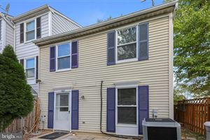 Photo of 52 WHITECHURCH CT, GERMANTOWN, MD 20874 (MLS # MDMC682898)
