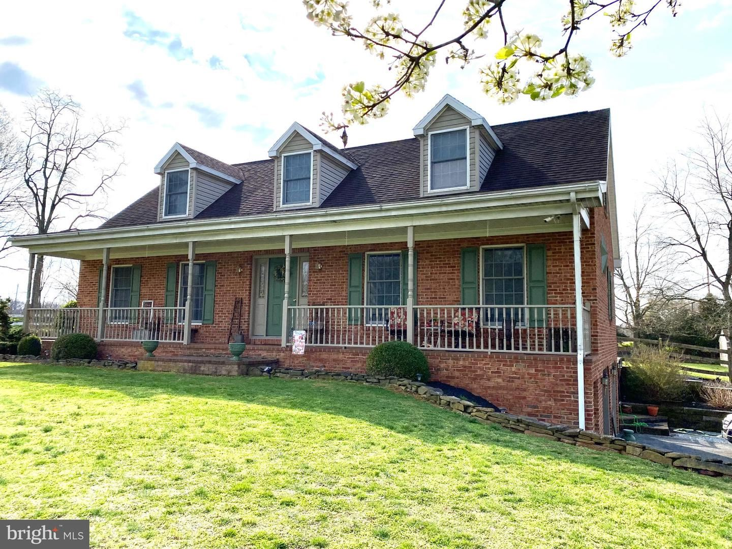 Photo of 18429 BREATHEDSVILLE RD, BOONSBORO, MD 21713 (MLS # MDWA178898)