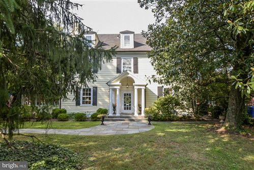 Photo of 4015 BRADLEY LN, CHEVY CHASE, MD 20815 (MLS # MDMC676900)