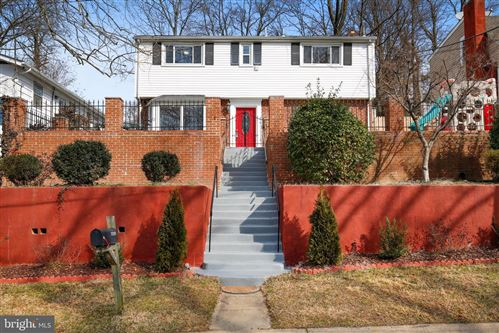 Photo of 11209 VALLEY VIEW AVE, KENSINGTON, MD 20895 (MLS # MDMC743900)