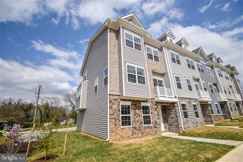 Photo of 8274 SAFARIAN WAY, ALEXANDRIA, VA 22309 (MLS # VAFX1193900)