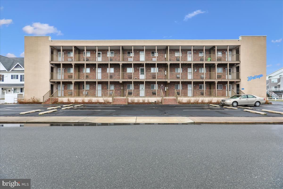 Photo for 609 DORY RD #305, OCEAN CITY, MD 21842 (MLS # MDWO112900)