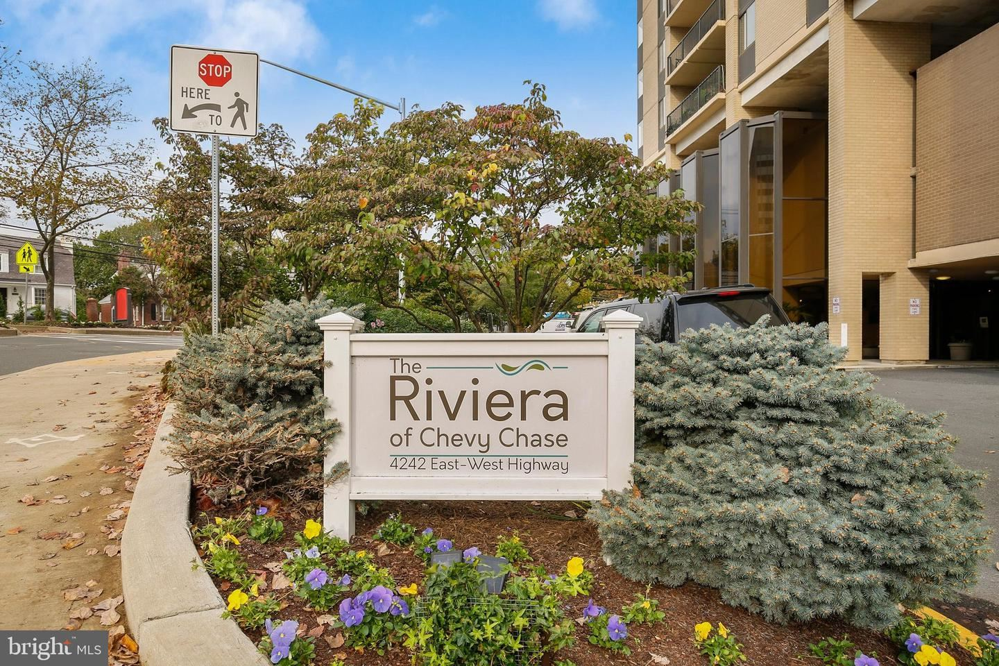 Photo for 4242 EAST WEST HWY #705, CHEVY CHASE, MD 20815 (MLS # MDMC731902)
