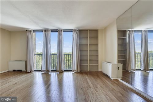 Photo of 4242 EAST WEST HWY #1017, CHEVY CHASE, MD 20815 (MLS # MDMC2006908)