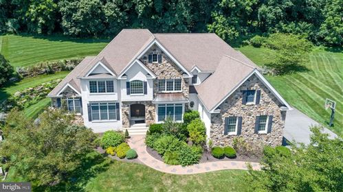 Photo of 103 TUSSOCK DR, KENNETT SQUARE, PA 19348 (MLS # PACT512912)
