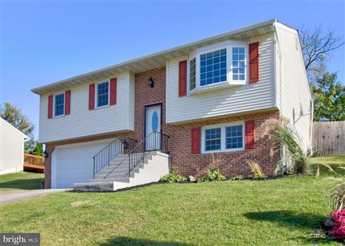 Photo of 67 LONGFELLOW DR, LANCASTER, PA 17602 (MLS # PALA140912)