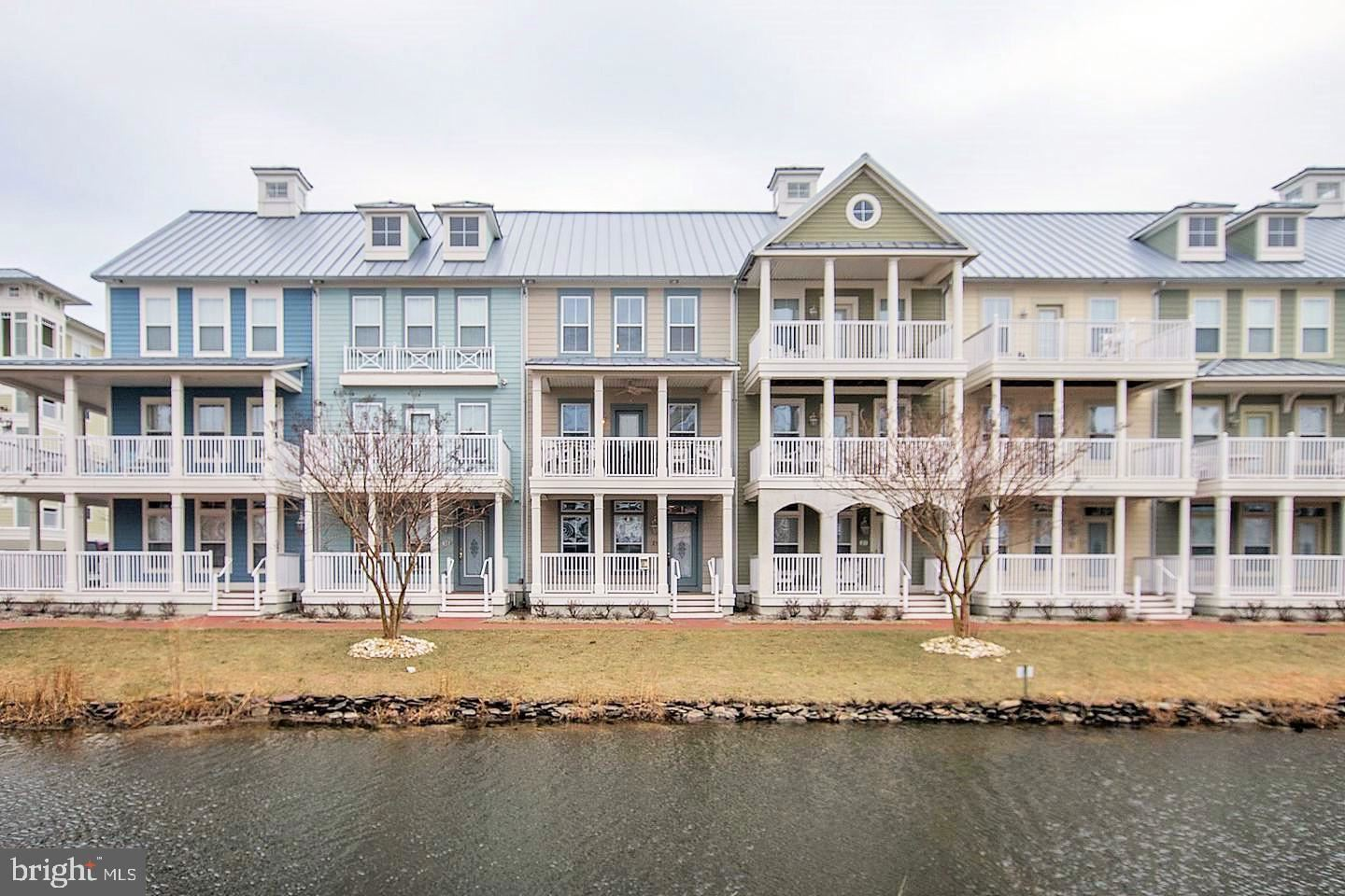 Photo for 23 CANAL SIDE MEWS E E #23, OCEAN CITY, MD 21842 (MLS # MDWO121912)