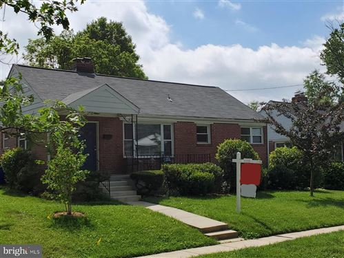 Photo of 10723 ST MARGARETS WAY, SILVER SPRING, MD 20902 (MLS # MDMC707916)