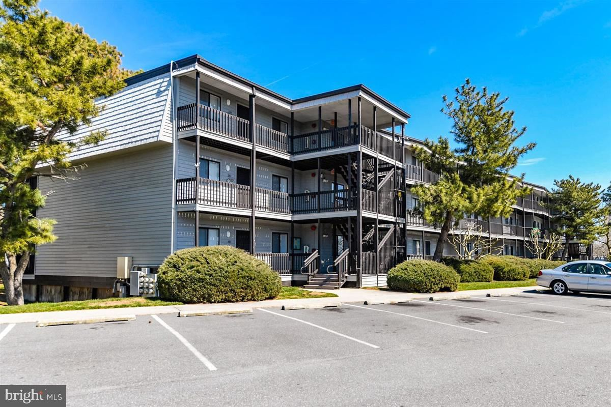 Photo for 119 OLD LANDING RD #302H, OCEAN CITY, MD 21842 (MLS # MDWO112916)