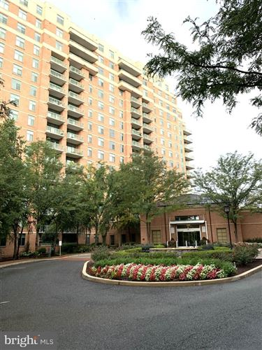 Photo of 11700 OLD GEORGETOWN RD #614, ROCKVILLE, MD 20852 (MLS # MDMC2016920)