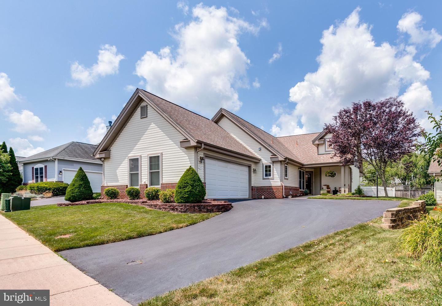 Photo of 5742 CHERRYWOOD CT, NEW MARKET, MD 21774 (MLS # MDFR266920)