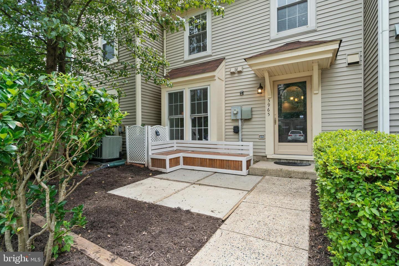 Photo of 5965 HAVENER HOUSE WAY, CENTREVILLE, VA 20120 (MLS # VAFX1144920)