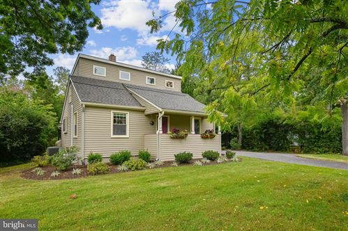 Photo of 717 SPRINGDALE AVE, ANNAPOLIS, MD 21403 (MLS # MDAA2008924)