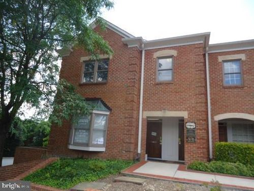 Photo of 4216 EVERGREEN LN #131, ANNANDALE, VA 22003 (MLS # VAFX1111924)