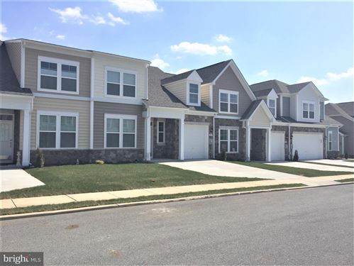 Photo of 20226 HUNTINGTON CT, HAGERSTOWN, MD 21742 (MLS # MDWA167926)
