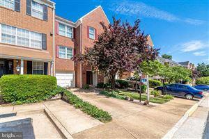 Photo of 2120 DOMINION HEIGHTS CT, FALLS CHURCH, VA 22043 (MLS # VAFX1078926)