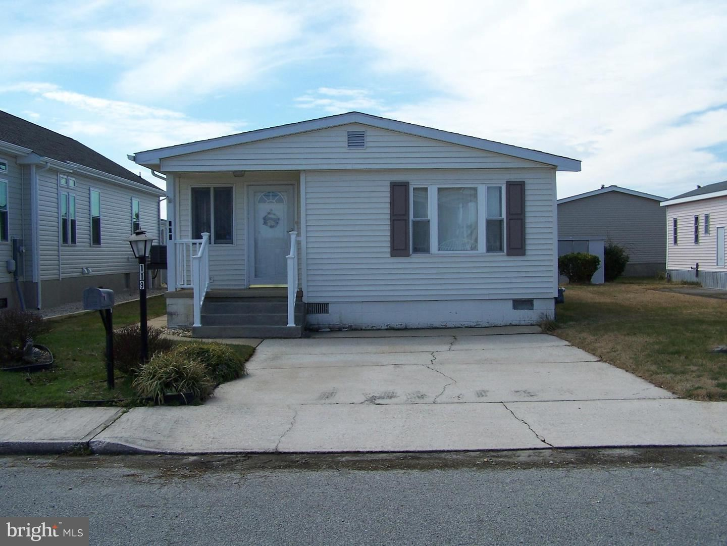 Photo for 119 OYSTER LN, OCEAN CITY, MD 21842 (MLS # MDWO112926)