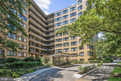 Photo of 4740 CONNECTICUT AVE NW #917, WASHINGTON, DC 20008 (MLS # DCDC101928)