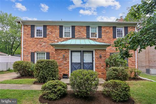 Photo of 1015 ARCOLA AVE, SILVER SPRING, MD 20902 (MLS # MDMC763928)