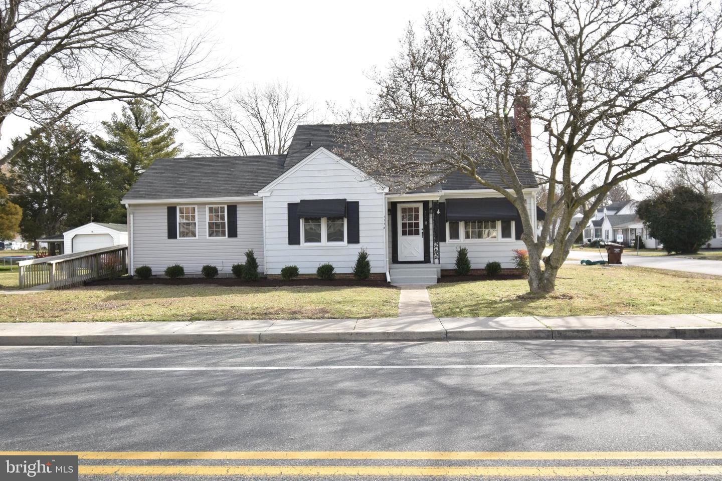 Photo for 1118 RACE ST, CAMBRIDGE, MD 21613 (MLS # MDDO124930)