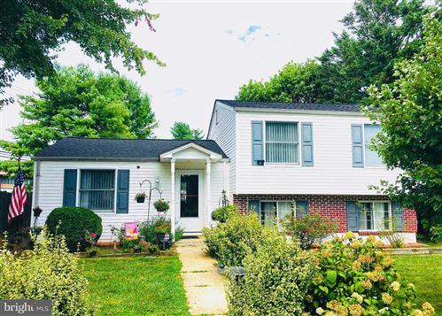 Photo of 7700 MINERAL SPRINGS DR, GAITHERSBURG, MD 20877 (MLS # MDMC2000931)